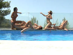 lesbian getting group sex in the pool